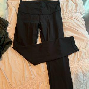 Lululemon wonder under black pants